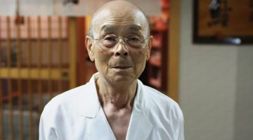 How a 90 Year-Old Sushi Chef Can Make You Sexy